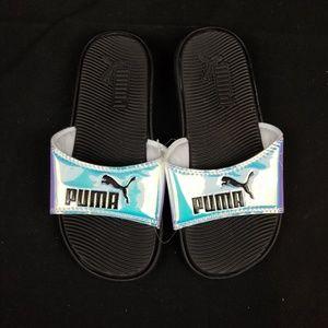 96899331e NWT Girls Puma Aerodecent Slip On Sandals Size 5